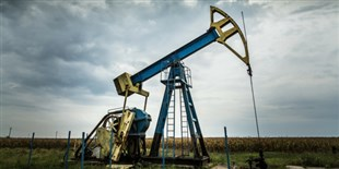 Study: Fracking Linked to Low Birth Weight in Newborns