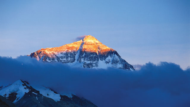 Mount Everest rises to 8,848 m (29,028 ft) and has claimed the lives of more than 100 climbers.Bernard Goldbach / Wikipedia