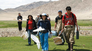 ON THE HUNT: Mongolian researchers and students return from sampling  the water chemistry and aquatic insects of the Bulgan River, Khovd Province, Mongolia, in June 2009.